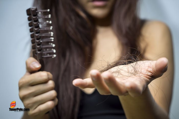 Alopecia-en-mujeres---Causas,-síntomas-y-tratamientos